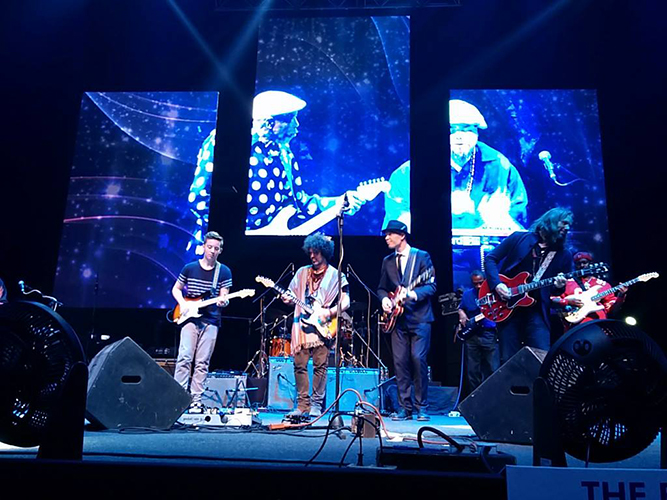 MAHINDRA BLUES LIVE